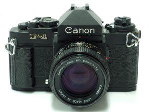 ライカのフィルムカメラも買取中